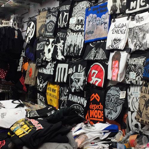 Merchandising Rock